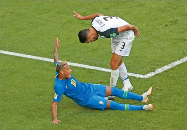FIFA歌頌VAR 成名作「內馬爾滾」