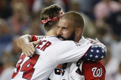 MLB》最後50秒連扛9轟大逆轉 哈波感謝老爸神餵球(影音)