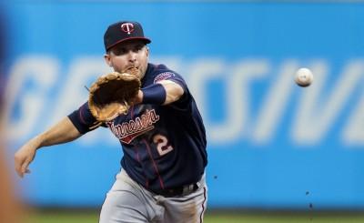 MLB》爭取馬查多失敗 釀酒人改追雙城明星二壘手?