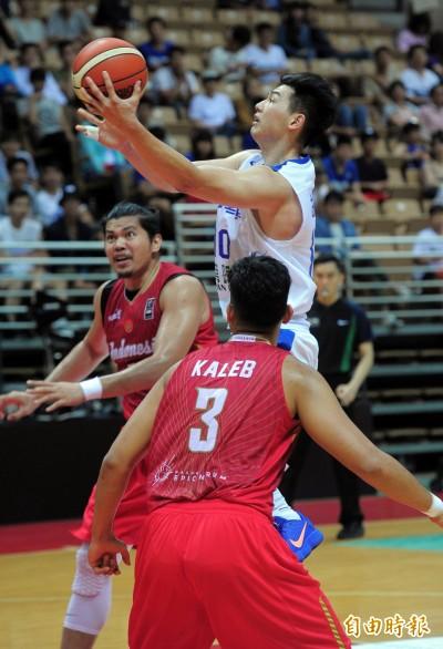瓊斯盃》驚險終結2連敗 台灣藍贏印尼10分表現不及格