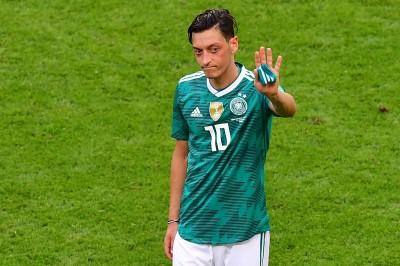 世足賽》震撼!不滿遭種族歧視 厄齊爾宣布退出德國隊