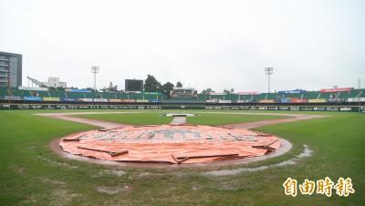 中職》大雨導致場地泥濘 台南二軍賽事取消