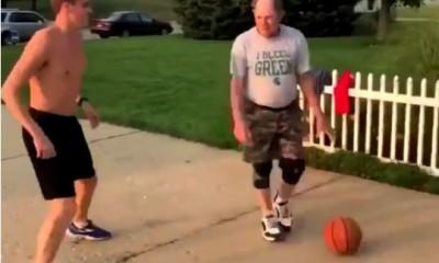 籃球》快學起來!公園阿伯的智慧 超強假動作一招秒殺屁孩(影音)