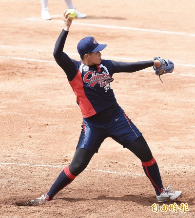 亞運女壘》18歲強投杜雅婷  讓偶像上野見證精彩好投