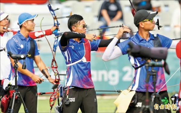 亞運射箭》10分箭贏中國 男團擠進第3