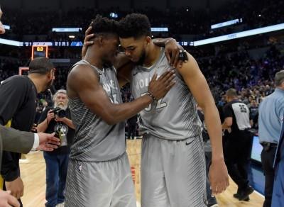NBA》灰狼恐難容二虎!湯斯、巴特勒只能二選一