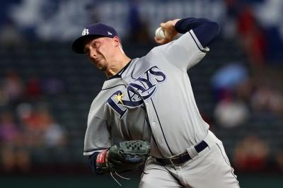 MLB》光芒史奈爾5局好投奪20勝 聯盟本季第一人(影音)