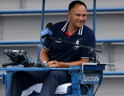 網球》比賽中激勵「壞小子」 主審「越線」遭禁賽停薪