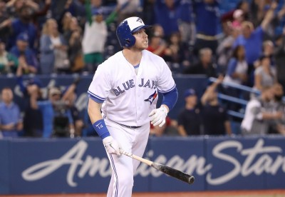 MLB》九下3轟狂灌7分 藍鳥完成不可思議大逆轉
