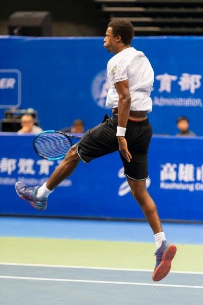 海碩盃》被網球耽誤的NBA扣將!?法國「跳跳虎」蒙菲爾斯彈性驚人