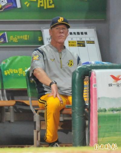中職》李振昌挨轟小緊張 伯納拿下代理總教練首勝