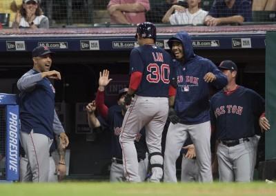 MLB》「子海嘯」生涯首轟出爐 隊友這舉動超有愛(影音)