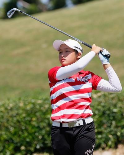 歡樂友緣高球賽》14歲吳佳晏封后 創台巡賽史上最幼齒職業賽冠軍