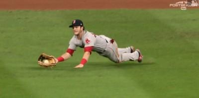 MLB》終結者金布瑞關門超抖 紅襪兩美技守備救了他(影音)