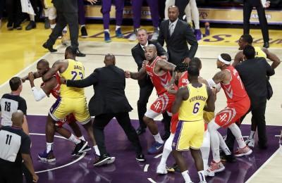 NBA》湖人火箭衝突!英葛蘭道歉 詹皇:和保羅不再是朋友