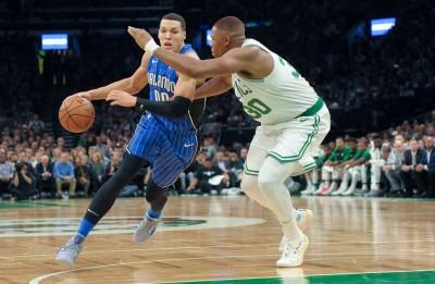 NBA》厄文痛失最後一擊  魔術戲耍塞爾提克