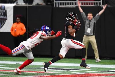 NFL》關鍵射門為比賽定調 獵鷹擊敗巨人(影音)