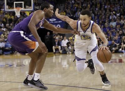 NBA》柯瑞轟6顆三分球與杜蘭特合拿51分 勇士輕取太陽
