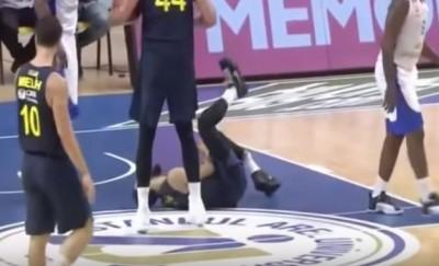 籃球》恐怖!前湖人後衛左腳變形 對手不敢直視(影音)