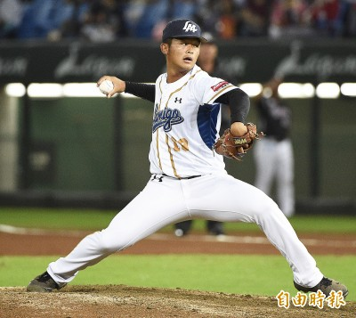 台日交流賽》江國謙越級打怪 「他們很黏球、很難被解決」