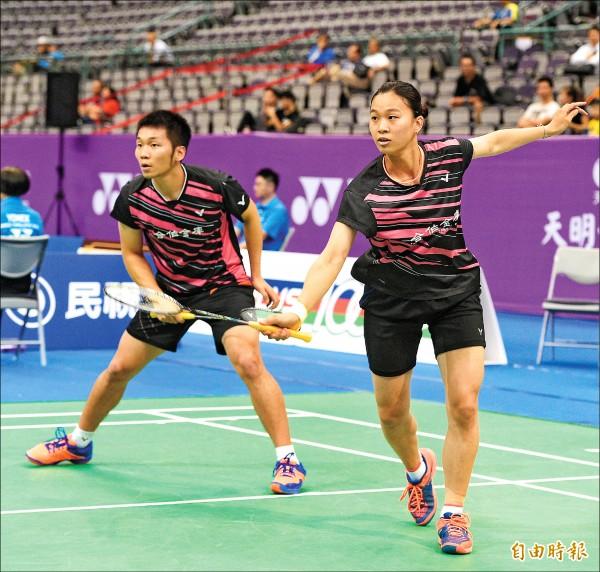 香港羽球公開賽》連2局化解局點 混雙李許配下克上