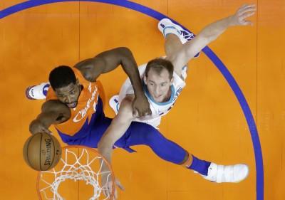 NBA》T.湯普森化身「禁區猛獸」狂抓21籃板   騎士捕蜂止連敗