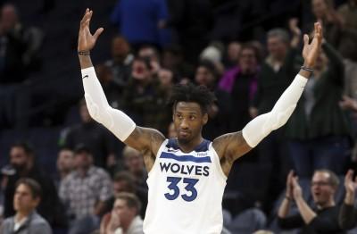 NBA》「賣我」風波落幕 灰狼驚險勝鵜鶘