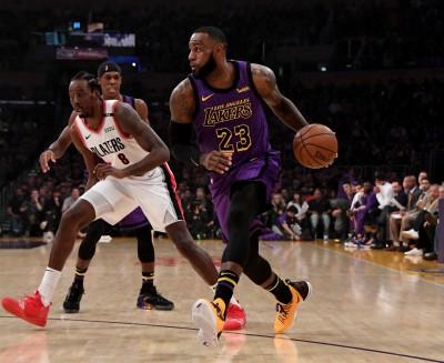 NBA》詹皇飆44分準大三元 得分躍史上第5助湖人4連勝