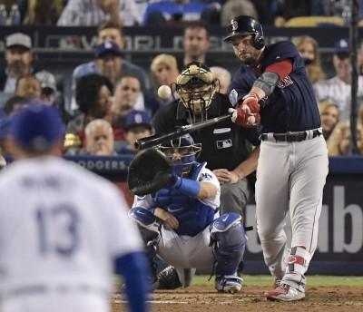 MLB》棒球浪人變身世界大賽MVP 紅襪續約老將皮爾斯1年
