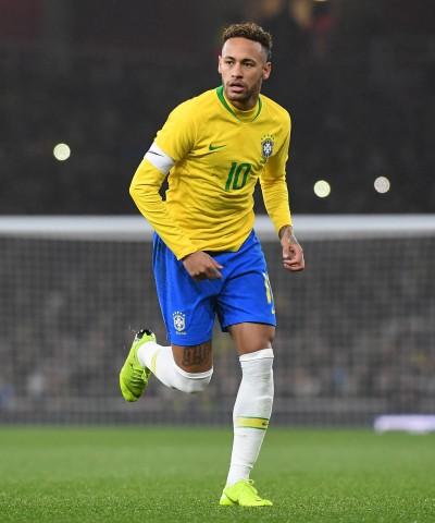 足球》內馬爾為國貢獻60顆進球 巴西史上第3人