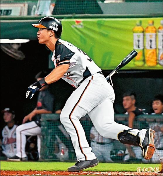 蘇智傑預計扛下亞運台灣隊中心棒次。(記者黃志源攝)