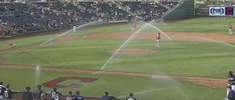 MLB》灑水器也要春訓?助印地安人熱身賽大勝紅人(影音)