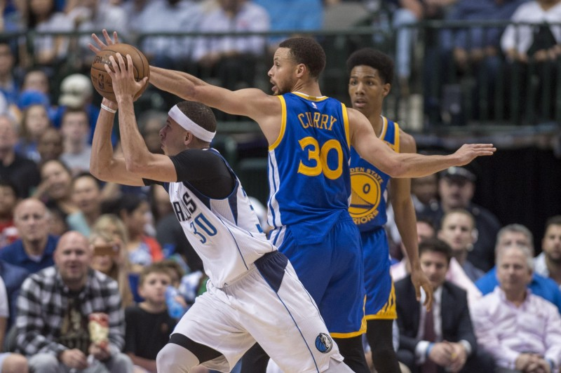 NBA》兄弟交手 柯瑞賽前連飆Logo Shot先下馬威(影音)