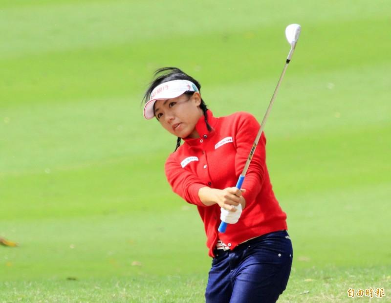 高球》日本AXA女子高球賽第2回合 蔡佩穎衝上第5