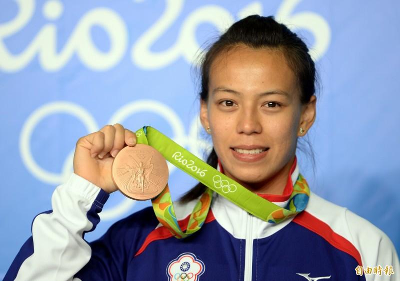 舉重》郭婞淳打破奧運金牌紀錄 舉重亞錦賽風光奪金