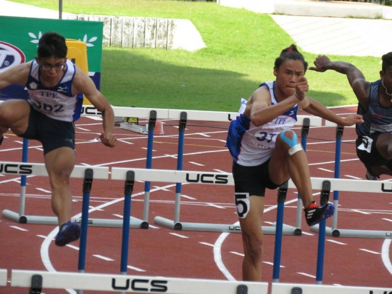 田徑》盧浩華預賽成績世界第二快 決賽風光摘金