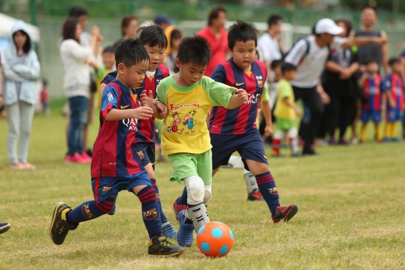 幼兒足賽開踢 前SBL教練也來插花