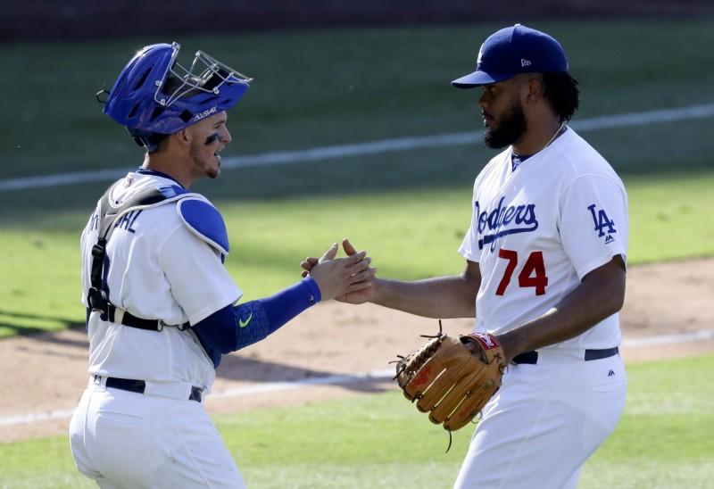 MLB》連續無保送紀錄破功 簡森敲二壘打獲生涯首打點(影音)