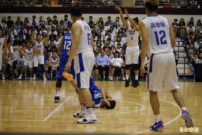 籃球》三分出手「撞」倒陳信安 陳盈駿賽後妙回