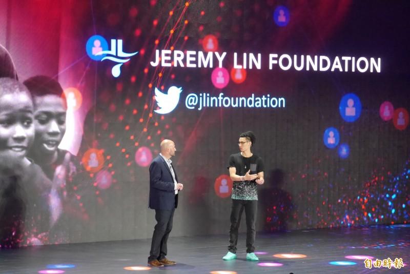 籃球》與英特爾跨界合作 林書豪現身台北電腦展