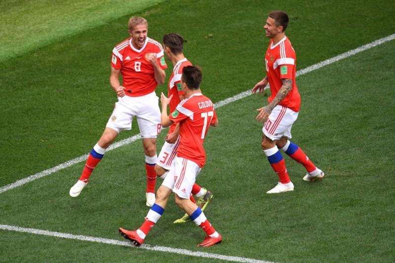 世足賽》終場前3分鐘狂入2球  俄羅斯5:0痛宰沙烏地取得開門紅