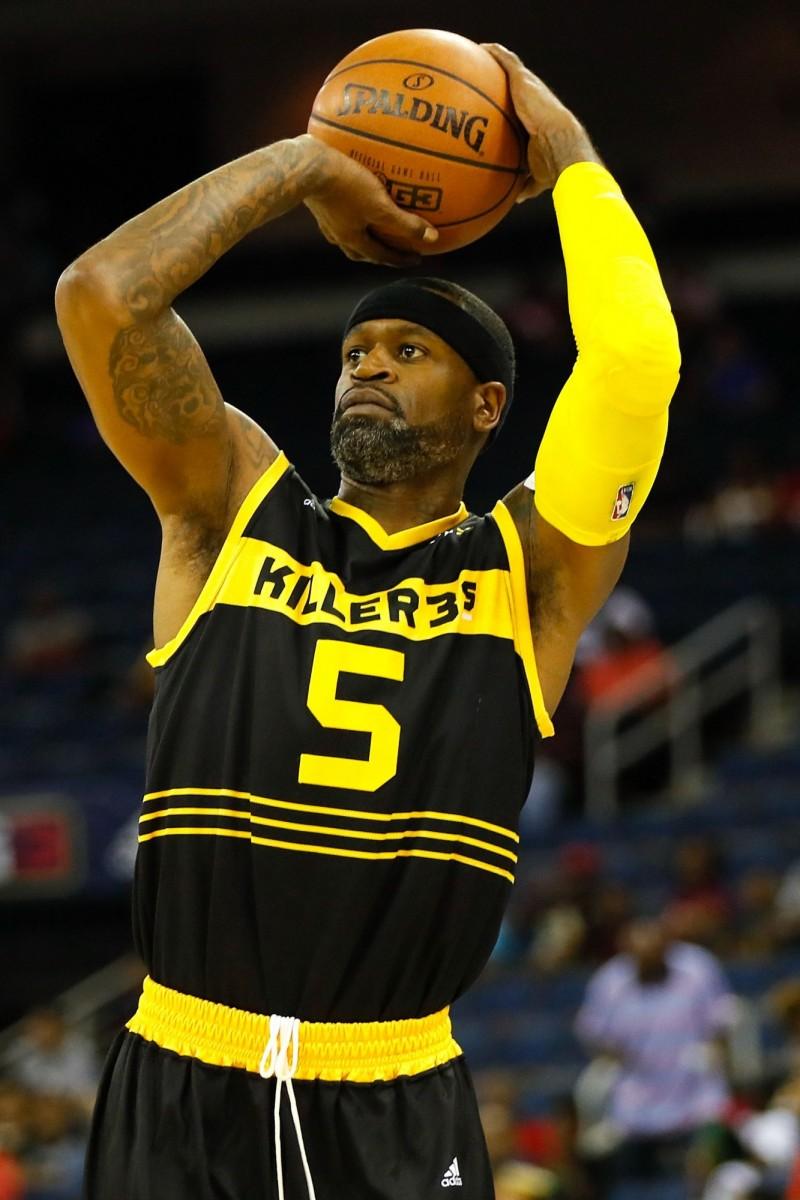 NBA》布萊恩能否打三對三? 傑克森力挺「老大」出山(影音)