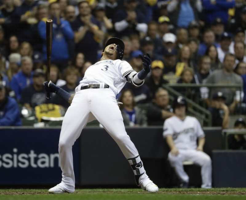 MLB》遭近身球攻擊... 他仰天長嘯搏版面 把球迷嚇壞了(影音)