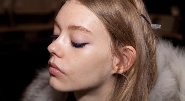 柳燕>>毛孔粗大、粉刺不再!讓臉洗得更乾淨的3個好習慣