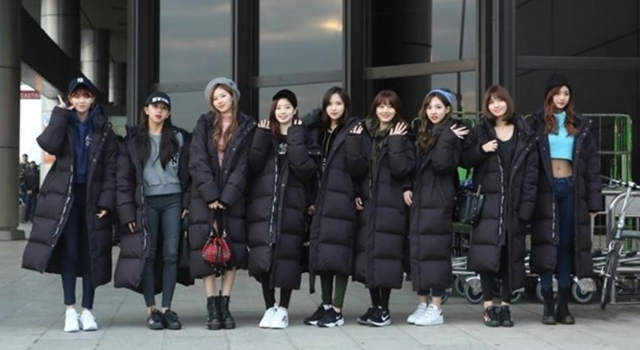 全韓國都在穿「長羽絨外套」!TWICE周子瑜、潤娥巨星氣場就靠它