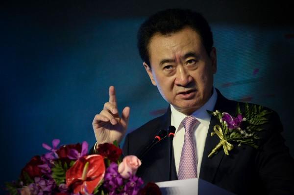 最近脫手中國國內資產的中國巨富王健林曾警告:中國房地產已經失控,甚至將成為「史上最大泡沫」。(法新社檔案照)