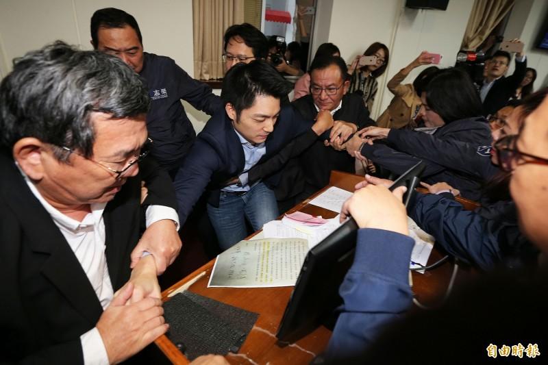 如果蔣萬安想選台北市長