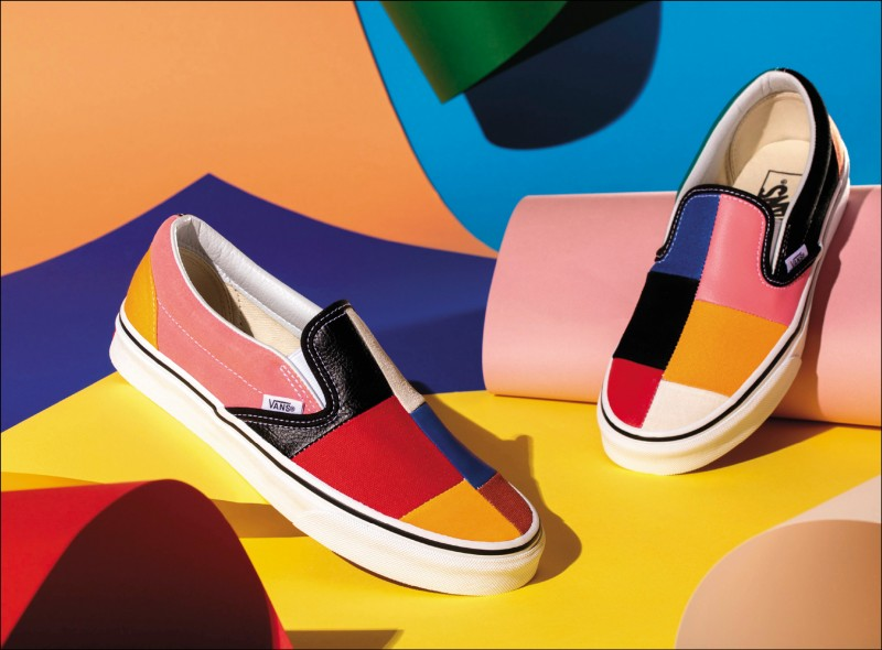 Vans Patchwork Pack系列Slip-On,2,180元。