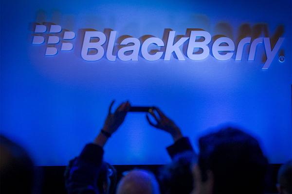 黑莓的復興?! BlackBerry 推出經典新機 Claasic 重奪昔日光輝