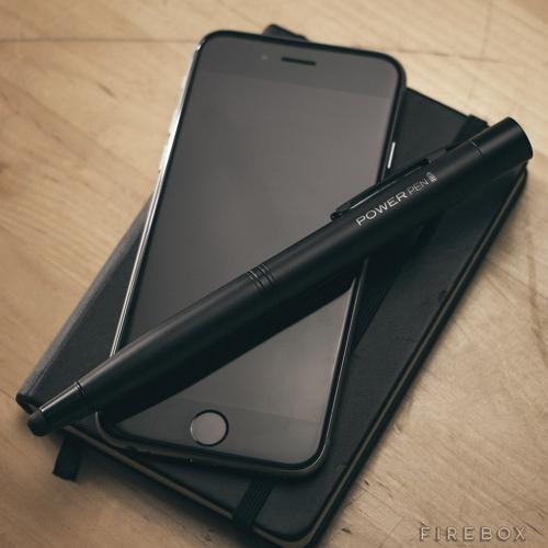 這隻筆更厲害!不僅可寫字,還可為手機充電!